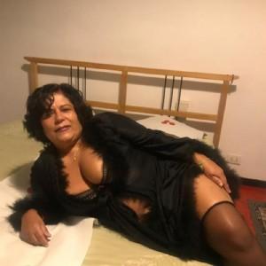 Claudia milf sempre calda-3
