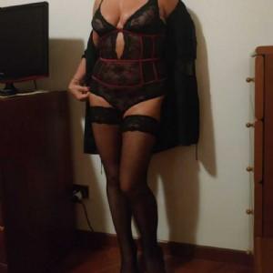 PAOLA MILF ESCORT escort donna accompagnatrice