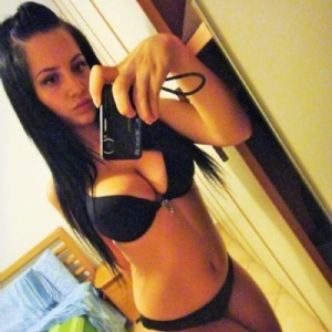 VERA PUTTANA escort donna accompagnatrice