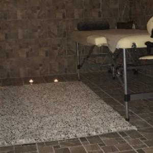 MONIKA Massaggi rilassanti-1