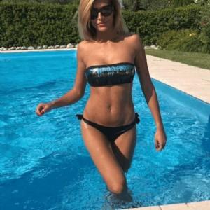 Claudia affascinante caldissima sensualissima-1