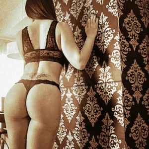 Melissa giochini erotici escort donna accompagnatrice