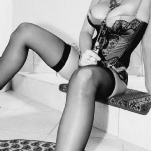 Denise donna matura puttanone-3