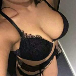 Bella donna matura milfmassaggiatrice-1