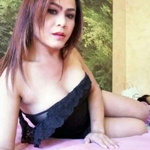 Emy trans massaggio thailandese escort donna accompagnatrice