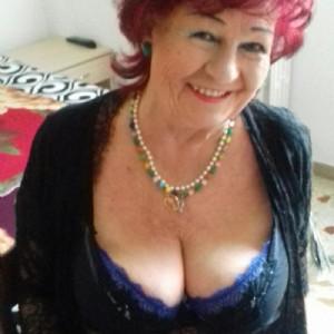 Mery milf Russa appena tornata a Porto escort donna accompagnatrice