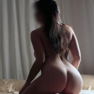 Biancabella dolcissima italianissima bellezza innocente seducente sinuosa ed erotica incadescente sensualità-3