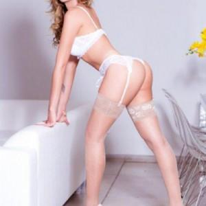Clara Reis Top Trans Bellissima Ap Dotata Giovane Bomba Erotica Piena Passionale-4