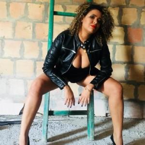 Donna Bravisima Disponibile escort donna accompagnatrice