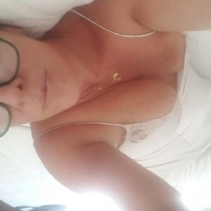 Mujer Madura Milf Latina-3
