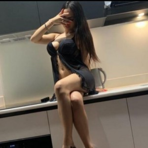Sonia Favolosa Mora Bella escort donna accompagnatrice