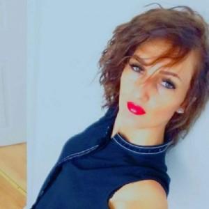Emma Sensuale Coinvolgente escort donna accompagnatrice