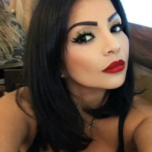 Yennife Esclusiva Bella Massaggiatrice escort donna accompagnatrice