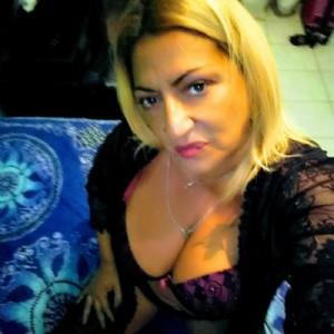 Elena Massaggiatrice Italiana escort donna accompagnatrice