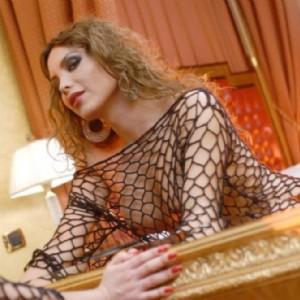 Jenny Completissima Attiva Passiva escort donna accompagnatrice