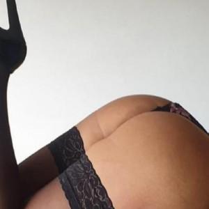 Matura Solo Per Uomini Italiani escort donna accompagnatrice