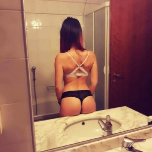 Alice Divertimento Garantito escort donna accompagnatrice