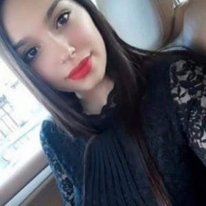 Selena 26enne Sono Giovane Fresca escort donna accompagnatrice
