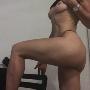Massaggio Erotico Con Italiana-1