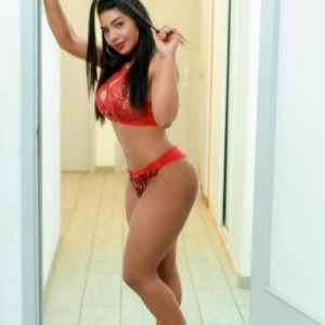 Laura Viso Angelico Culetto Rotondo escort donna accompagnatrice