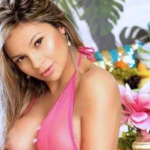 Kelly Brasiliana Molto Educata-2