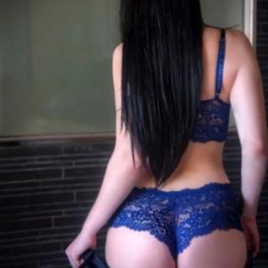 Marina Uomini Gentili Con Voglia di Scopare escort donna accompagnatrice