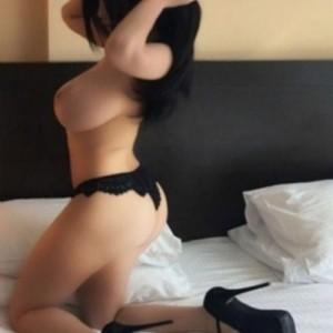 Karin Elegante Sexy Passione Sesso escort donna accompagnatrice