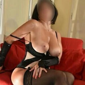 Viki Solo Video Chat escort donna accompagnatrice
