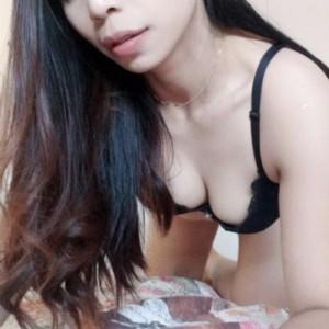 Anna Appena Arrivata Ragazza Thailandese escort donna accompagnatrice