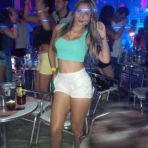 Karla Studentessa Pelle Morbida Massaggi Erotici escort donna accompagnatrice
