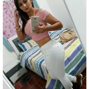 Karla Studentessa Pelle Morbida Massaggi Erotici-2