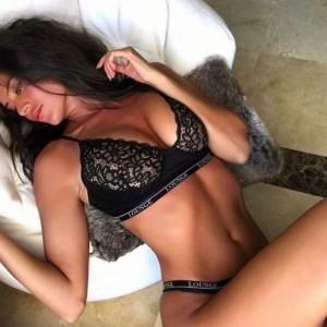 Karina Deliziosa Piccantissima Sexy Solare Travolgente Disponibilissima-2