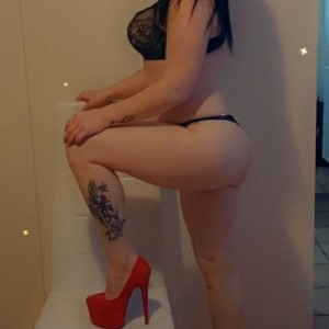 Porcellina Sexy Dolcissima Pompinara Succhiatrice-2